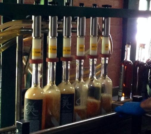 Mint Julep Tours : Buffalo Trace bottling