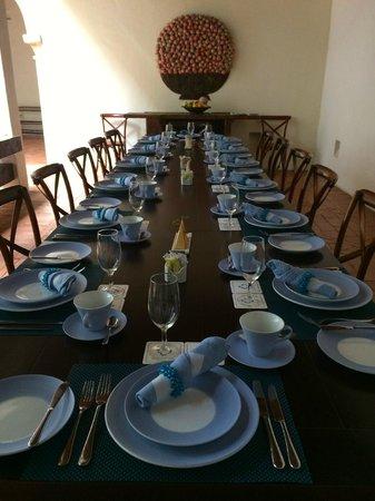 Hotel Quadrifolio : Dining Area set for Breakfast