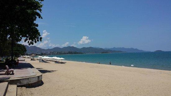 Nha Trang Beach : Beach Nha Trang