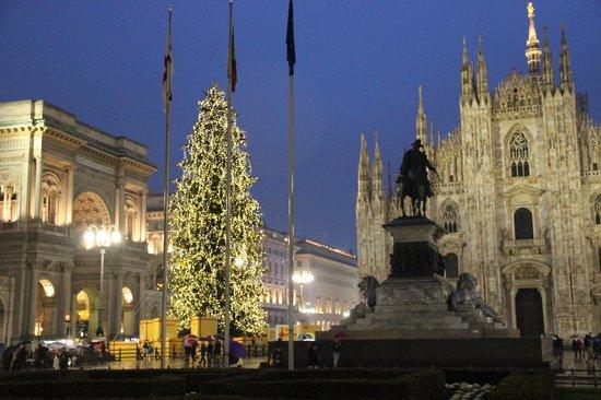 Rosa Grand – Starhotels Collezione : Duomo en Navidad