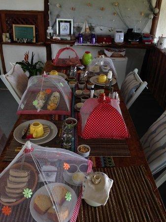 Eco-Pousada Casa Bobo : Breakfast