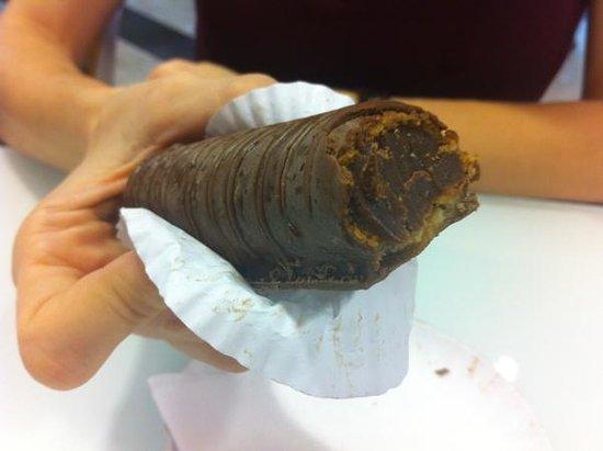 Pe De Moleque: Bomba de chocolate