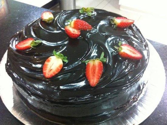 Pe De Moleque: Torta de Morango c/ Chocolate