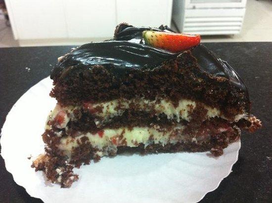 Pe De Moleque: Fatia da Torta de Morango com Chocolate