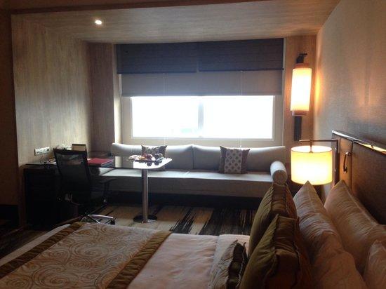 Gran Melia Jakarta: lounge area