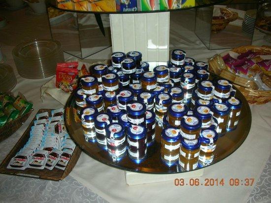 Enea Hotel Aprilia: Colazione