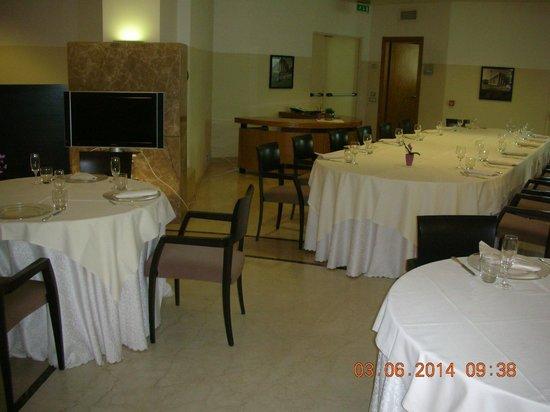 Enea Hotel Aprilia: Sala ristorante