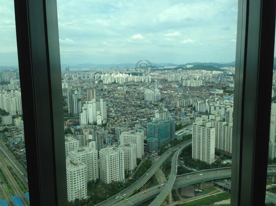 Sheraton Seoul D Cube City Hotel : View 31st floor