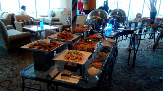 Pan Pacific Manila : Cocktail buffet