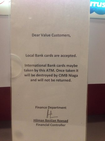 Gran Melia Jakarta: ATM card eater with note
