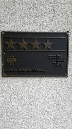 City Hotel Fortuna: Rated as 4 star