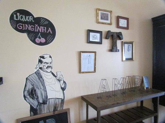 Lisbon Poets Hostel: Sala de convivência