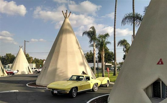 Wigwam Motel: Route 66 with a perfect ending at the Wigwam