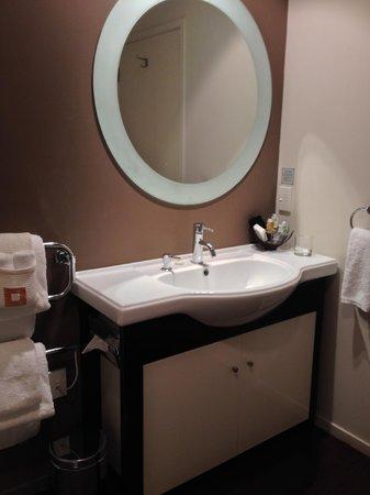 Hotel on Devonport: Bathroom