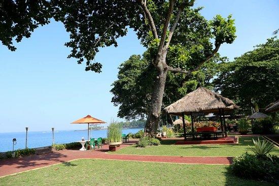 Aruna Senggigi Resort & Convention: Graha Beach Hotel Singgigi