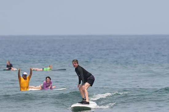 Hawaii Lifeguard Surf Instructors: First wave with Jacob cheering