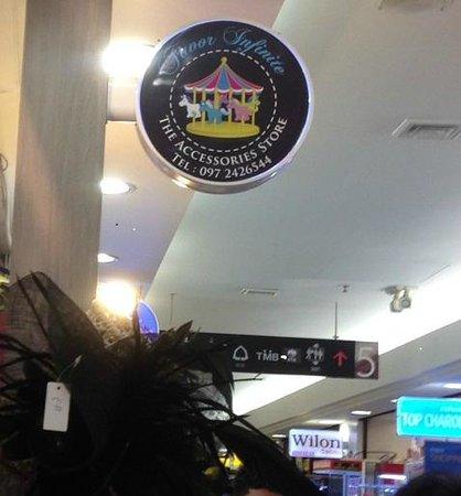 Platinum Fashion Mall : Jaoor Infinite Accessories at Level 5