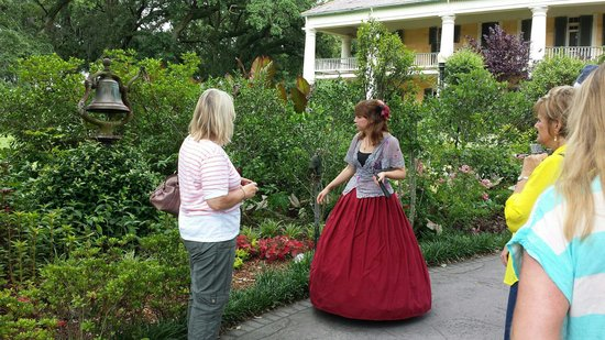 Houmas House Plantation and Gardens: Our tour guide