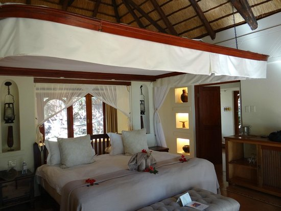 Sanctuary Chobe Chilwero: Our cottage