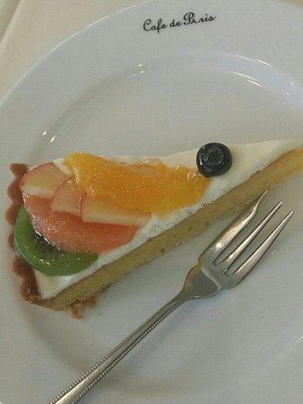 Bistrot Cafe de Paris : とっても美味しいケーキでーす。