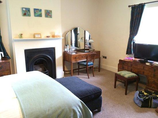 Rollestone Manor: Room