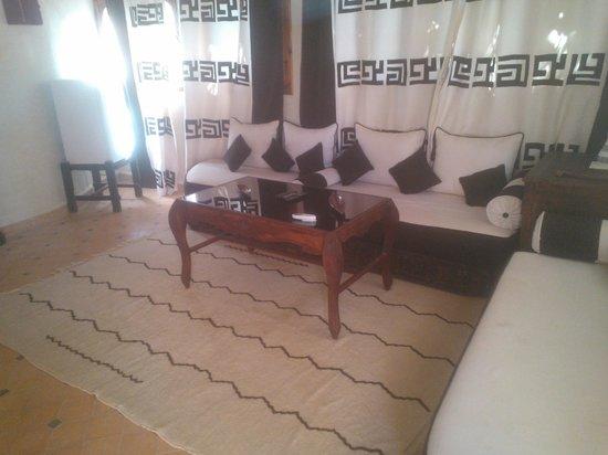 Riad Lamane : Salón de la suite