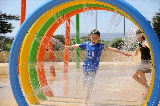 BIG4 Adelaide Shores Caravan Park: Splashzone!