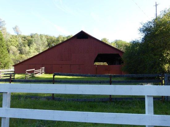 Historic Bridgeport Covered Bridge: The Barn/Museum