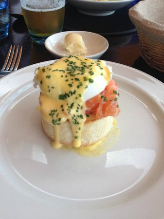 Blue Print Cafe: salmon and eggs