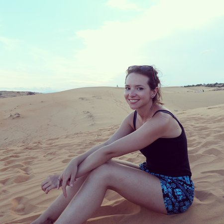 Red Sand Dunes: walk away from the crowd and it's quite peaceful