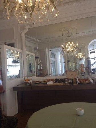 Logis Grand Hotel du Parc : klein aber fein- ein perfektes leckeres Frühstück