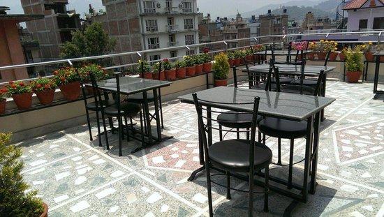 Thamel Grand Hotel: 5th flr rooftop