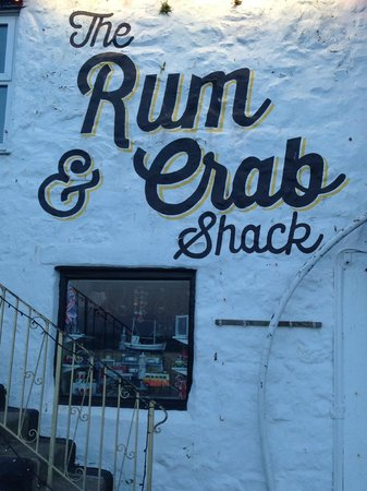 The Rum and Crab Shack: Outside and stairs to venue