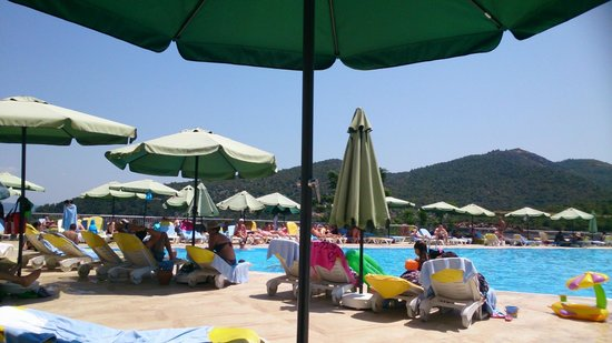 Kervansaray Resort : Pool area