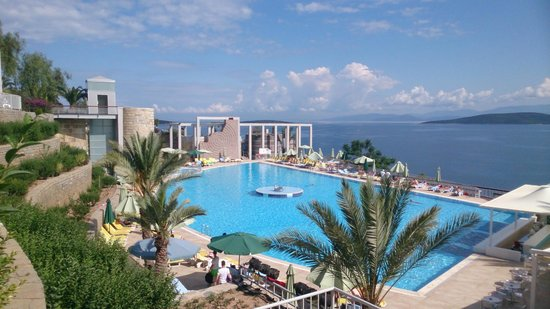 Kervansaray Resort : Pool view