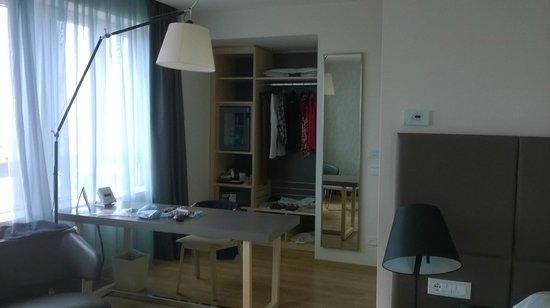 UNA Hotel Century: Kamer