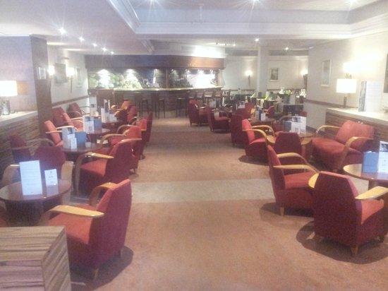 Mercure Hotel Koblenz : Bar.