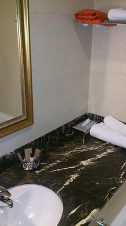 Solo Sokos Hotel Vasilievsky: Salle de bain