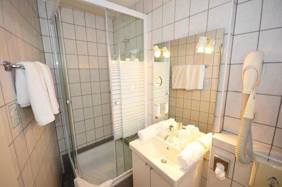Hotel Goldenes Lamm: Badezimmer