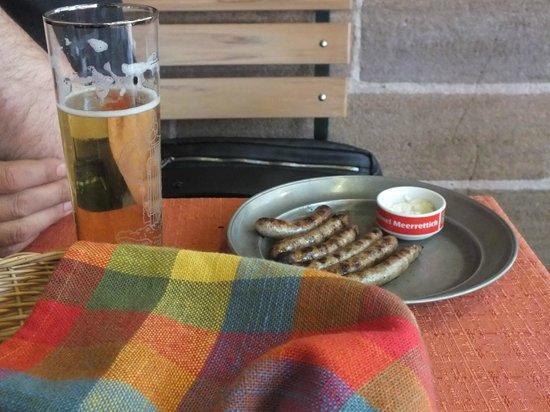 Bratwursthäusle: Сосиски