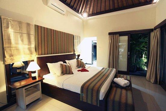 Tiga Samudra Villas: Master Bedroom