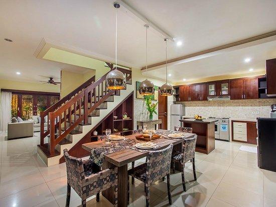Tiga Samudra Villas: Dining room