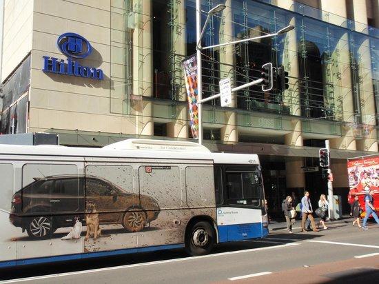 Hilton Sydney : Exterior