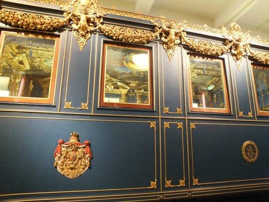 DB Museum (German Railway Museum) : Старинные вагоны
