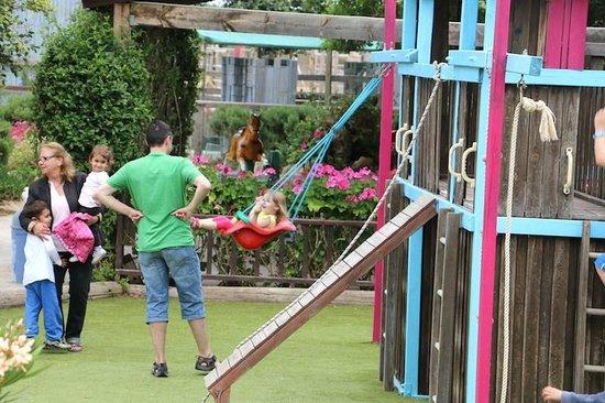 Arion Stables : Spielplatz