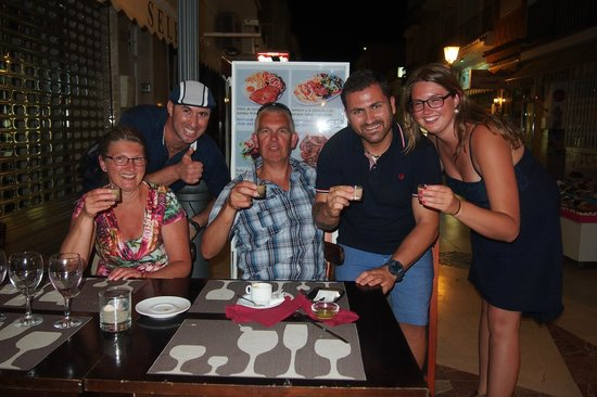 Pizzeria Napoli : amazing evening out, great fun!