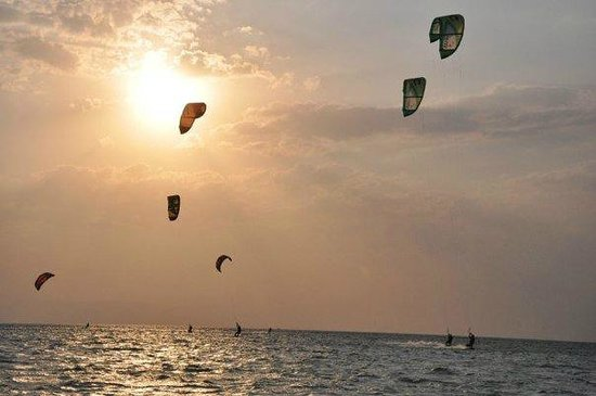 Ras Sudr, Egypt: Sunset Kite session