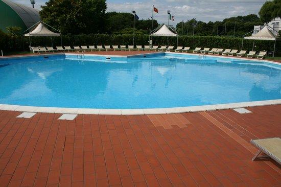 Ca' del Moro Foresteria: piscina