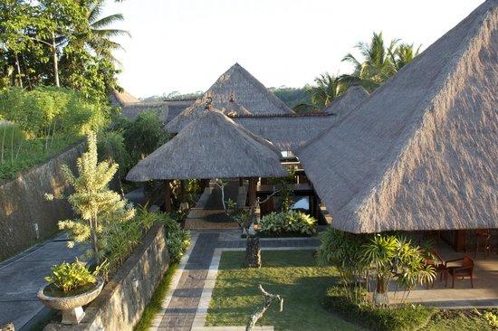 Puri Wulandari Boutique Resort: Bar/Restaurant.