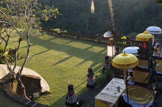 Puri Wulandari Boutique Resort: Grounds.